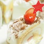 【香川県高松市の「パティスリー グレース」】苺のロールケーキは大人気商品!スタッフさんの制服もかわいい!
